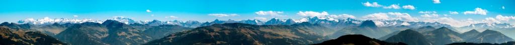 Elmauer Halt-Panorama In den Süden auf den Alpenhauptkamm