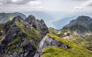 Vom Rofan ins Zillertal Ich selber stehe im Rofan auf der Seekarlspitze und schaue im Hintergrund in die Zillertaler Alpen.