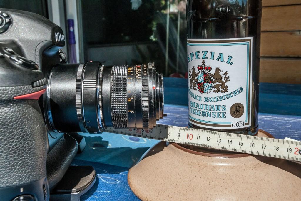 Nikon D3x mit Zwischenringen, Retroadapter und Objektiv
