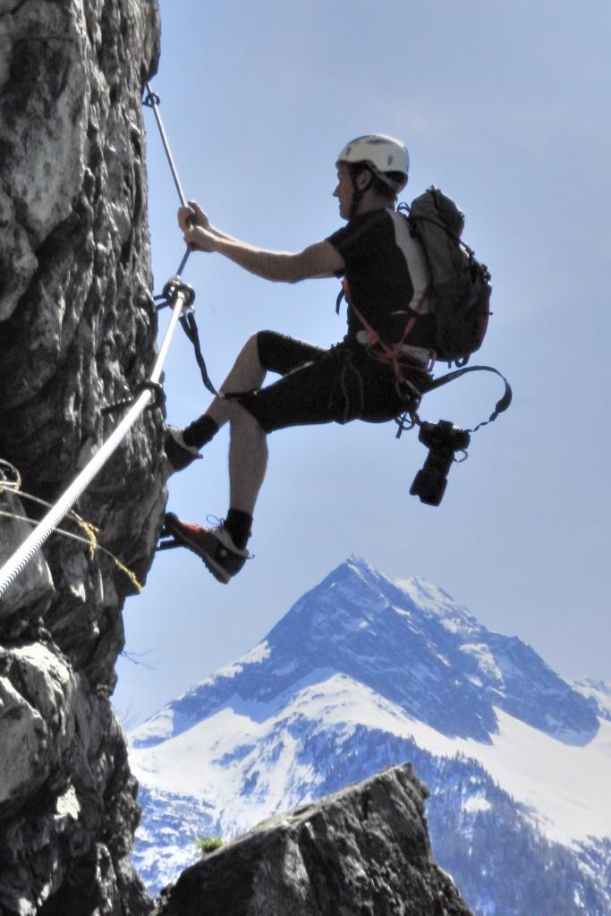 Reinhard-Schiestl Impressionen 1 mit den Eisriesen der Ötztaler Alpen im Hintergrund