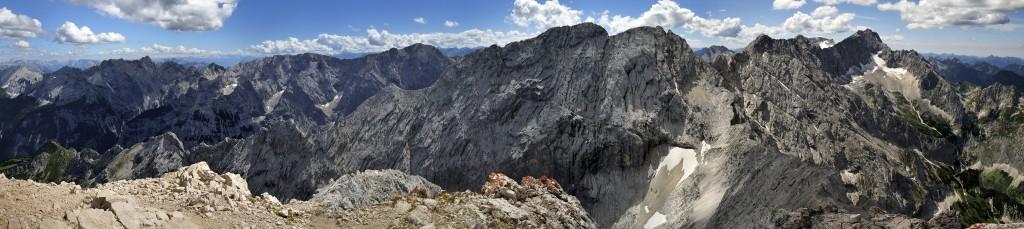 Jubiläumsgrat Nord und die Gratfortsetzung nach Ost Blick von der Alpspitze