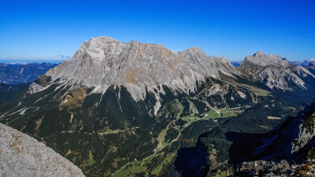 Wettersteingebirge Aufgenommen auf der Ehrwalder Sonnenspitze