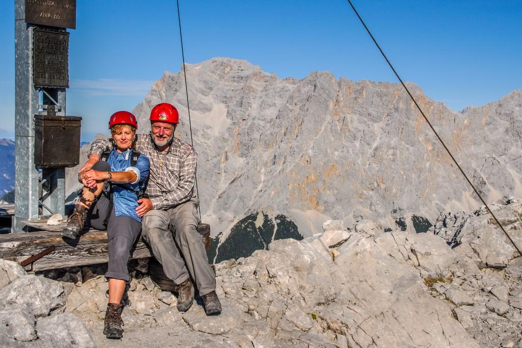 Am Gipfelkreuz der Ehrwalder Sonnenspitze