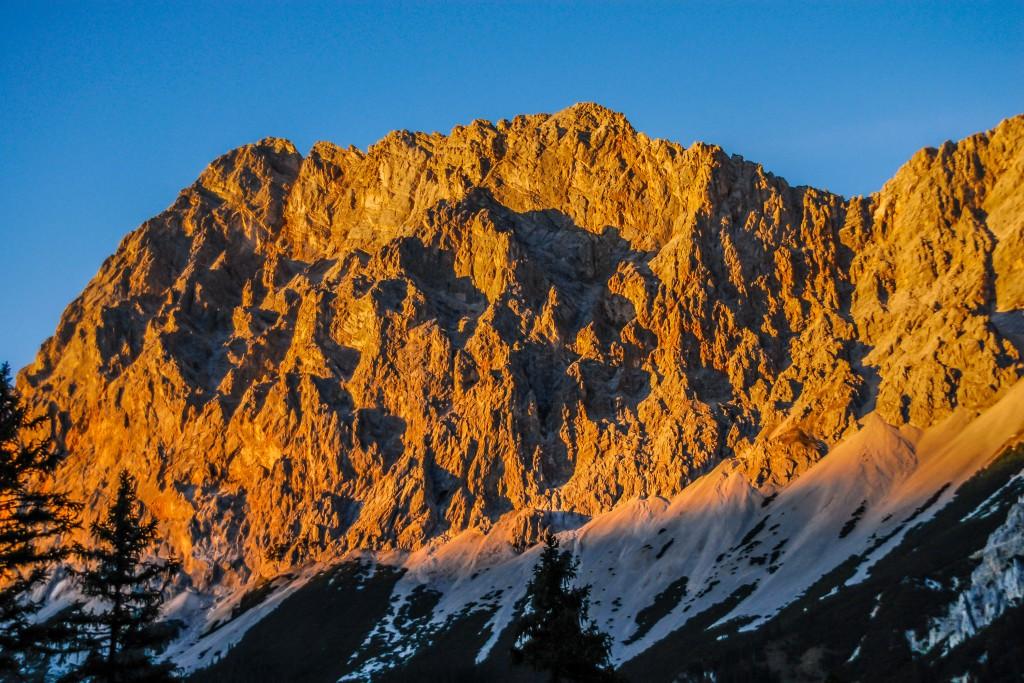 Alpenglühen im Wettersteingebirge