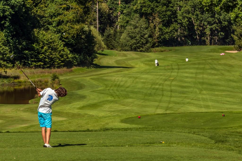 Abschlag Golfclub München-Riedhof