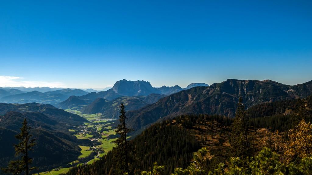 """Blick aus dem Klettersteig """"s´Schuastagangl"""" 2 zum Wilden Kaiser"""