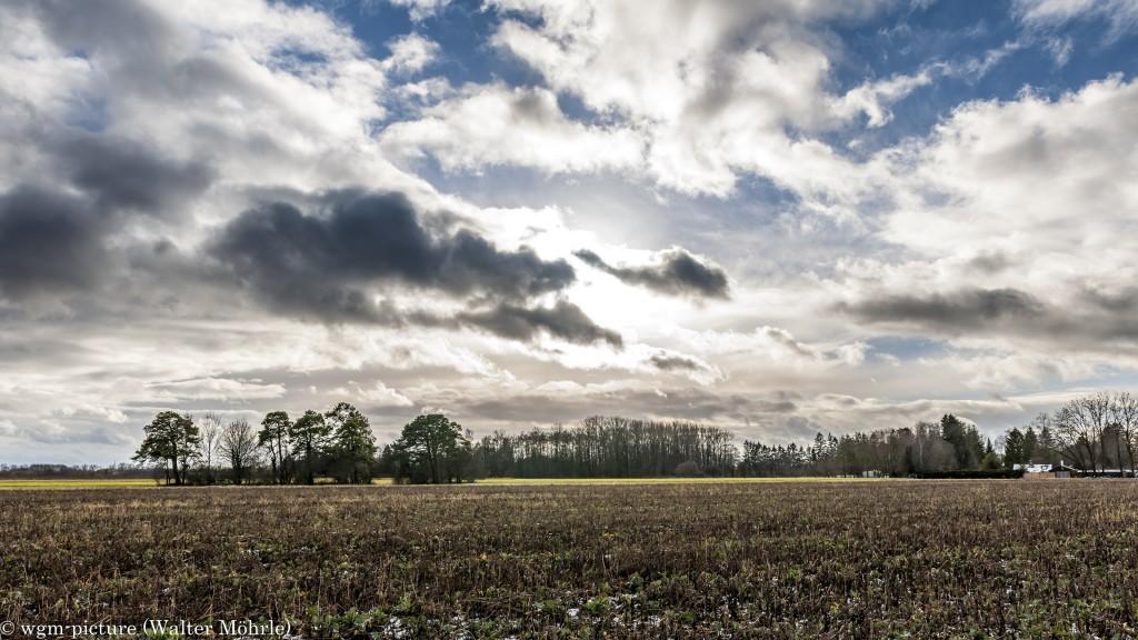 Wolkenstimmung im Münchner Norden