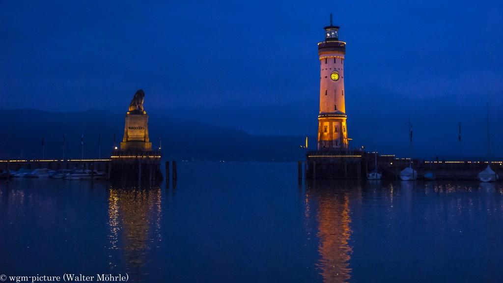Lindauer Hafen bei Nacht