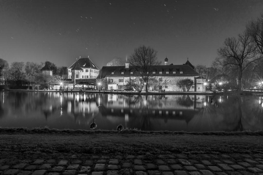 Blutenburg bei Nacht - B&W
