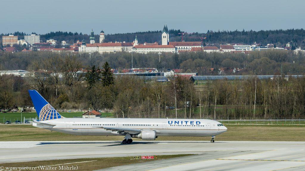 Über den großen Teich bitte! Boeing 767-424(ER) der United Airlines am Flughafen München