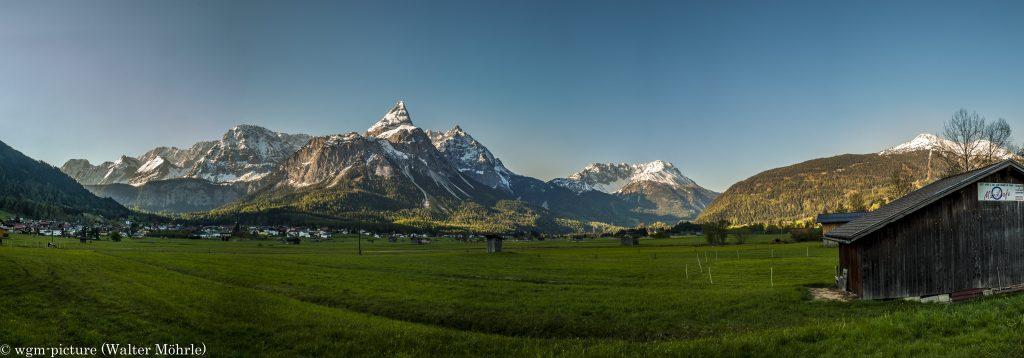 Panorama zur Ehrwalder Sonnenspitze