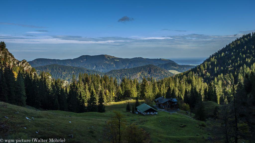 Morgensonne bei der Tutzinger Hütte