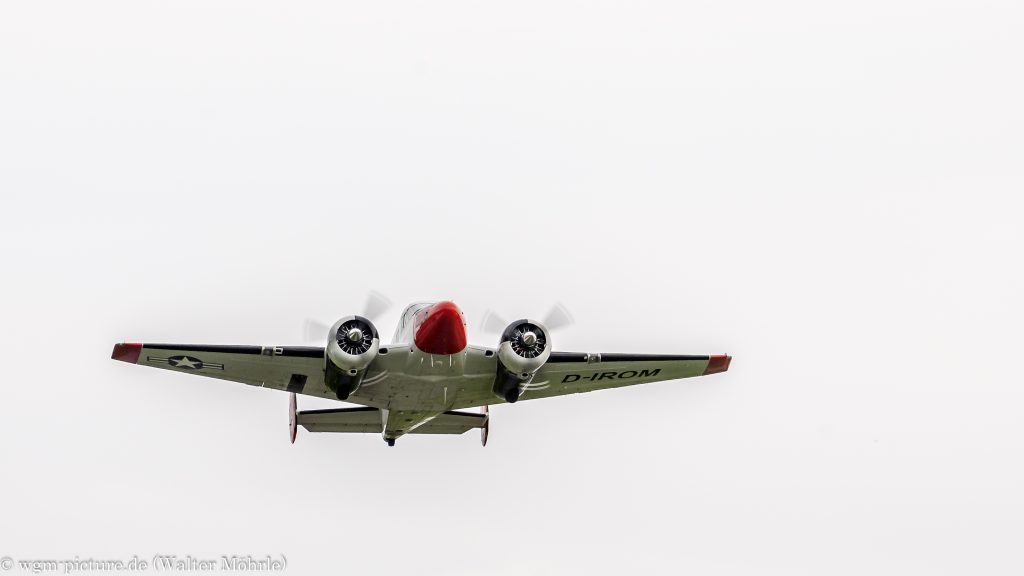 Beech E18S (D-IROM)