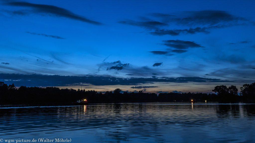 Nachtstimmung am Karlsfelder See